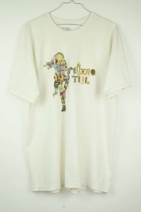 Original 2001 Jethro Tull World Tour Vintage T-Shirt.