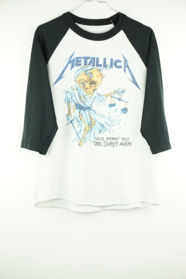 2000-metallica-their-money-tips-her-scales-again-vintage-t-shirt