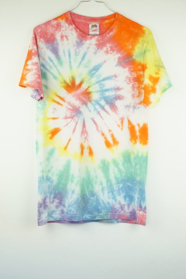 2000s-pastel-tie-dye-batik-vintage-t-shirt