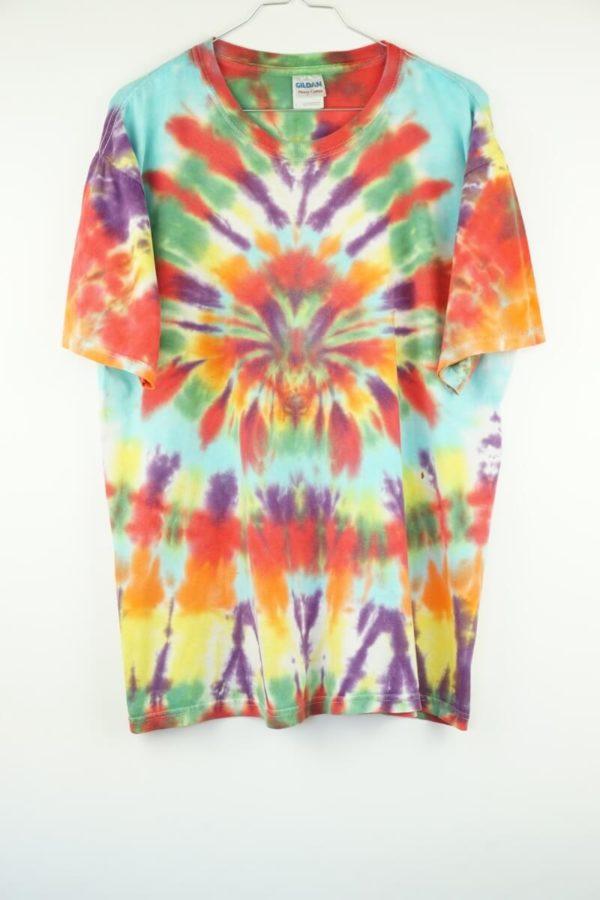 2000s-tie-dye-batik-vintage-t-shirt