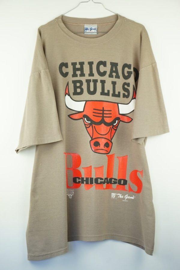 1990s-nba-chicago-bulls-logo-vintage-t-shirt